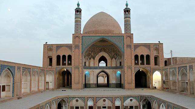 La mezquita de Agha Bozorg en Kashan