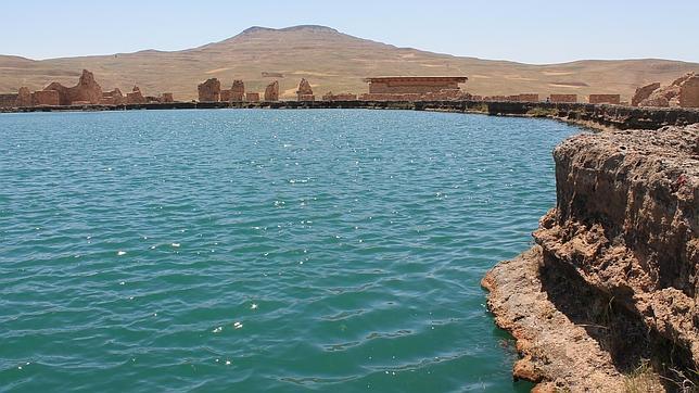 El Trono de Salomón es uno de los lugares sagrados más interesantes y enigmáticos de Irán