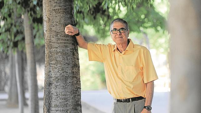 Andrés Raya asegura que ha pasado de ser un lastre al motor de su familia. «Mis últimos análisis salen como si nunca hubiera tenido problemas con la diabetes», asegura