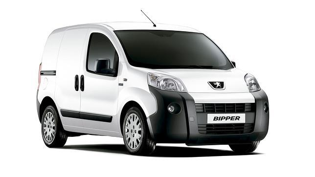 peugeot bipper por 89 euros al mes. Black Bedroom Furniture Sets. Home Design Ideas