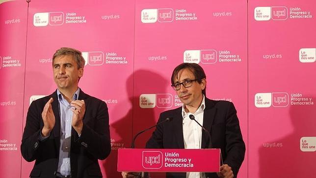 David Ortega, candidato de UPyD al Ayuntamiento de Madrid, y Ramón Marcos, aspirante a la Comunidad