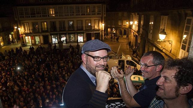 Martiño Noriega celebra los resultados de Compostela Aberta