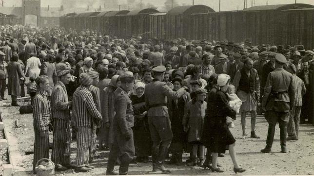 Así mataba el Zyklon-B, el gas ideado por los nazis que asesinó a millones de judíos