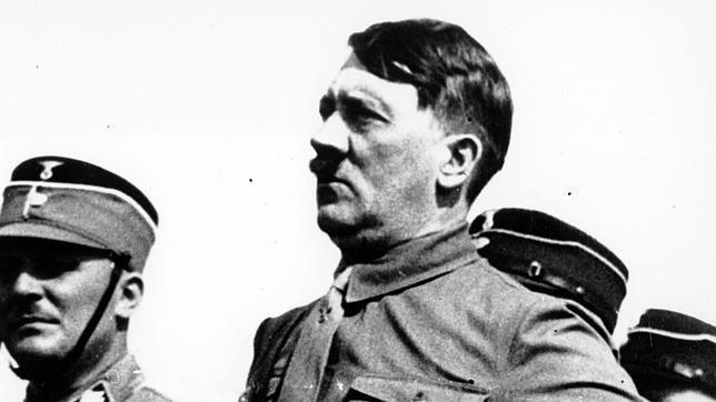 El absurdo plan secreto para convertir a Hitler en una mujer mediante hormonas