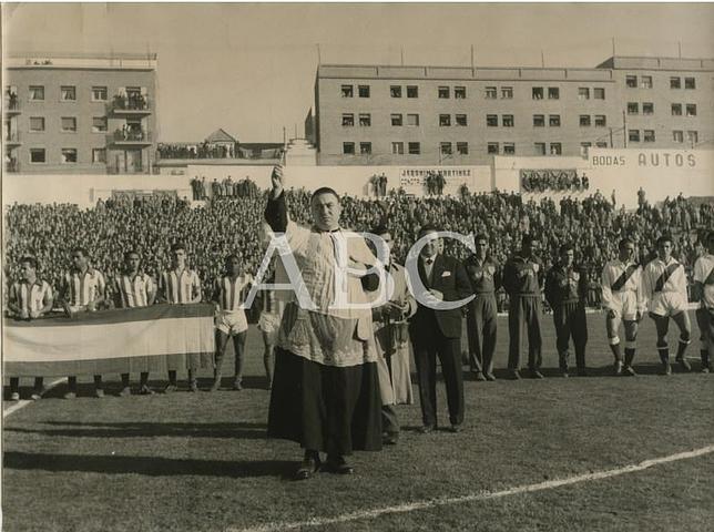 FOTOS HISTORICAS O CHULAS  DE FUTBOL Rayo-vallecano-estadio--644x480