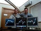 Veinteañeros sin estudios que ganan miles de euros con sus inversiones en Bolsa