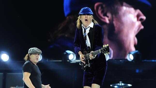 AC/DC en su actuación en el Vicente Calderón