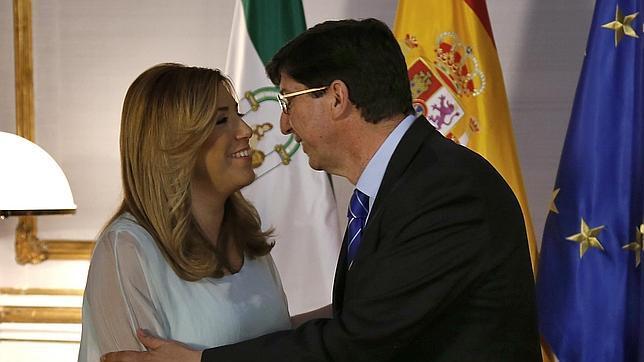 PSOE y Ciudadanos sellan un acuerdo sin pedir la salida inmediata de Chaves