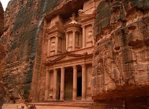 Petra y el Valle de la Luna desde el cielo: El vídeo con drones más impresionante de Jordania