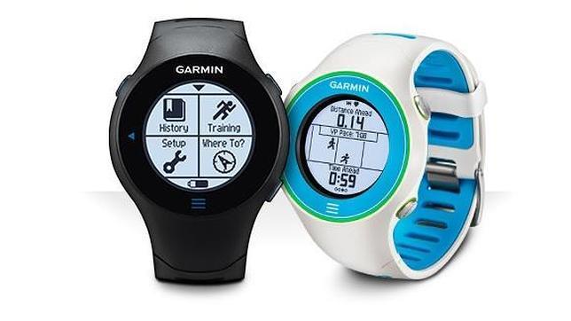 Detalle de un reloj de fitness de Garmin