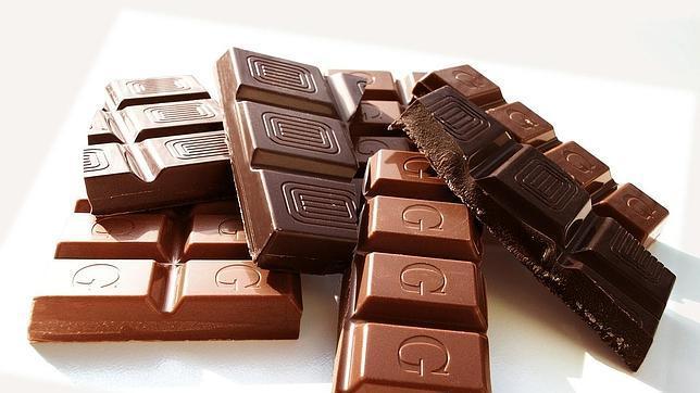 Negro o con leche, el chocolate previene el riesgo de infarto e ictus