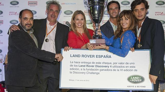 Genoveva Casanova y José Bono, vencedores del concurso benéfico