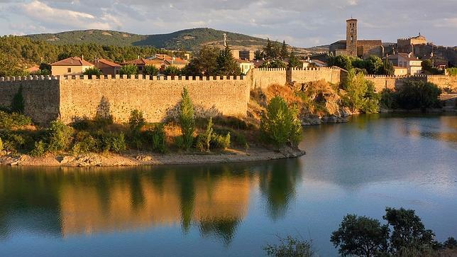 Así son los 17 lugares de España que optan al Mejor Rincón 2015