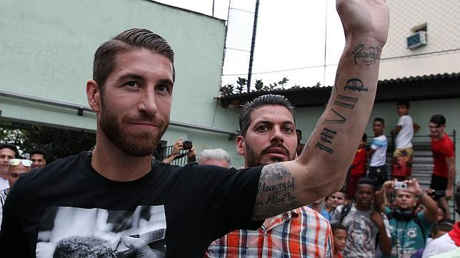 Sergio Ramos, en La Habana, junto a su hermano