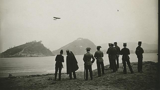 Raid del aviador francés Védrines