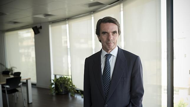 El expresidente del Ejecutivo José María Aznar tras la entrevista con ABC