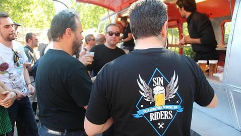 Más de 300 moteros recorren España en Harley para la campaña «SIN Riders» con la DGT