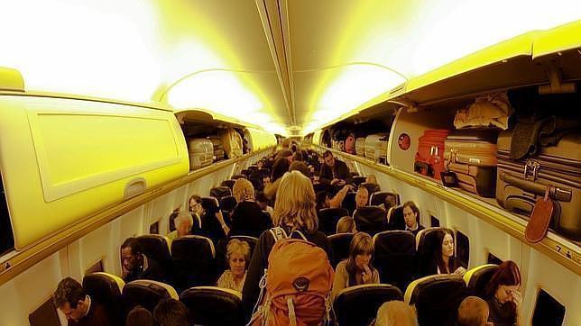 Cinco cosas que no imaginas que hacen los pasajeros de primera clase