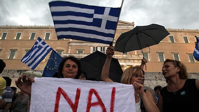 """El """"sí"""" contra el gobierno griego gana terreno a dos días del referéndum"""