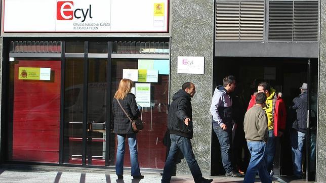 el desempleo se redujo en junio un 4 1 en castilla y le n