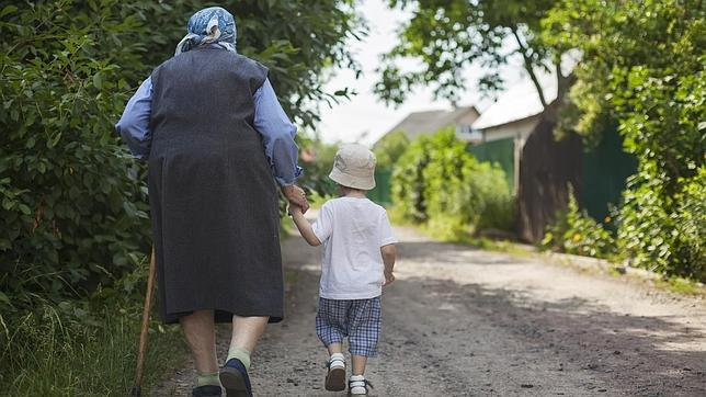 Abuelos obligados a pelear para ver a sus nietos
