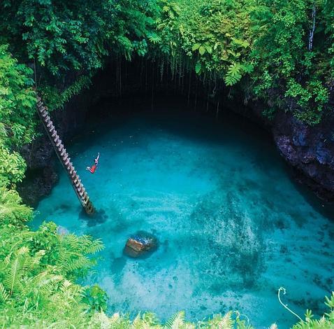 La piscina natural m s incre ble del mundo for Piscinas naturales del mundo