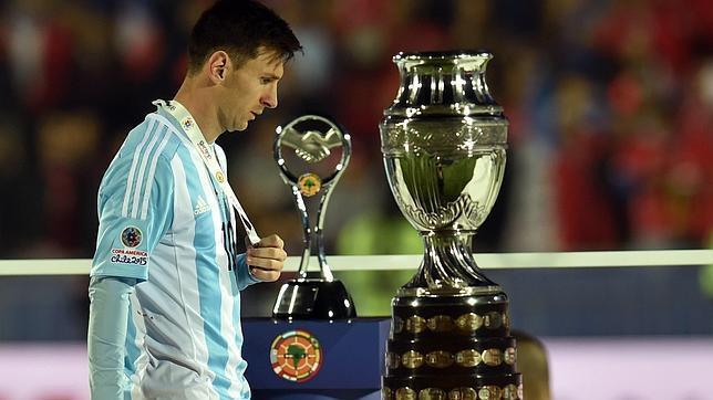 El terrible editorial del director del diario «Olé» contra Messi