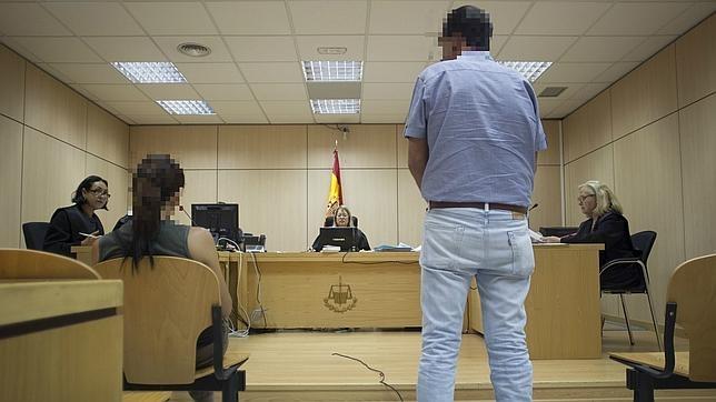 Los juzgados que cuidan de las mujeres for Juzgados viapol sevilla