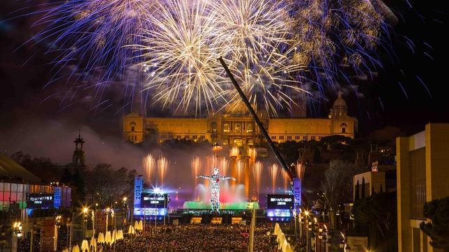 El fin de a o de barcelona mejor evento de 2014 for Espectaculo fuentes de montjuic