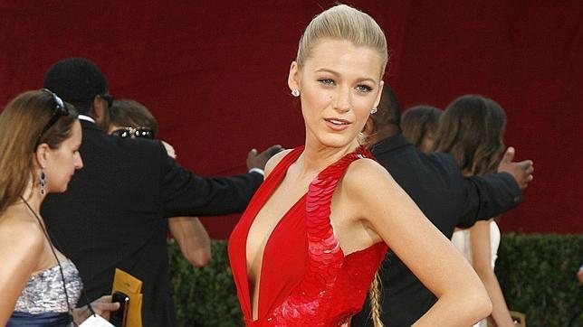 Imagen de archivo de la actriz Blake Lively en la alfombra roja