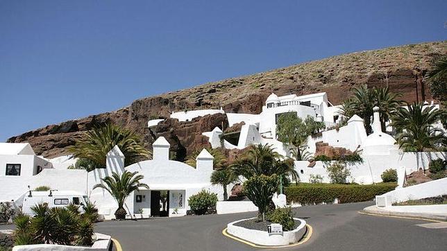 La impresionante casa que recuerda el paso de omar sharif por lanzarote - Las casas canarias lanzarote ...