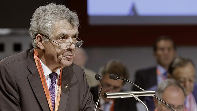 Ángel María Villar, durante su intervención en la Asamblea General de la RFEF
