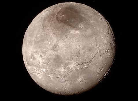 Las montañas heladas de Plutón