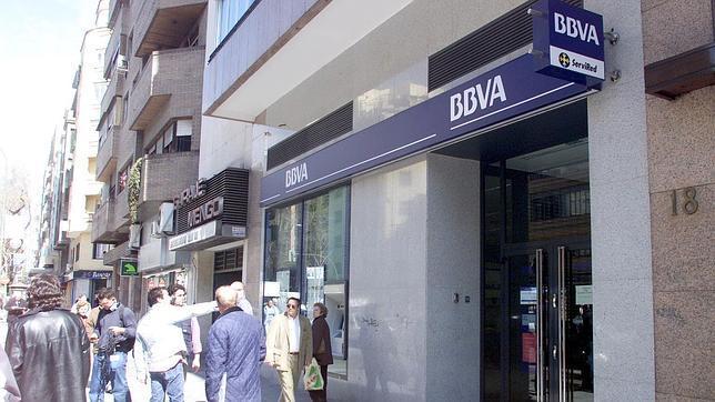 Sanitas y bbva firman un convenio que mejora las for Convenio oficinas madrid 2017