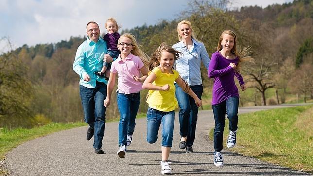 Los hijos peque os disfrutar n de los mismos derechos que los mayores en las familias numerosas - Casas para familias numerosas ...