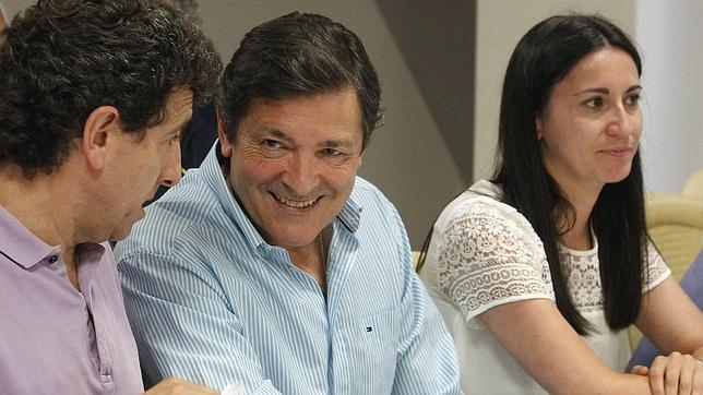 Javier Fernández, candidato del PSOE a la presidencia del Principado de Asturias