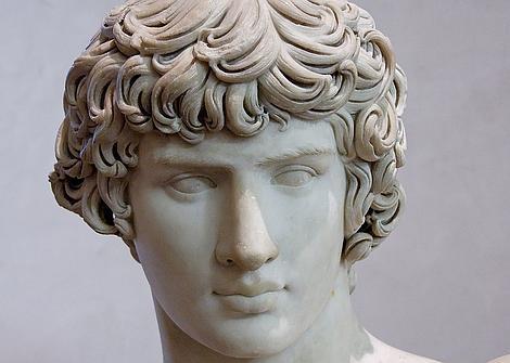 Trajano, el emperador español que recuperó la perversión sexual más execrable de los griegos