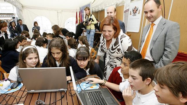Una de cada cinco aulas en España no dispone de algún soporte digital, según el informe