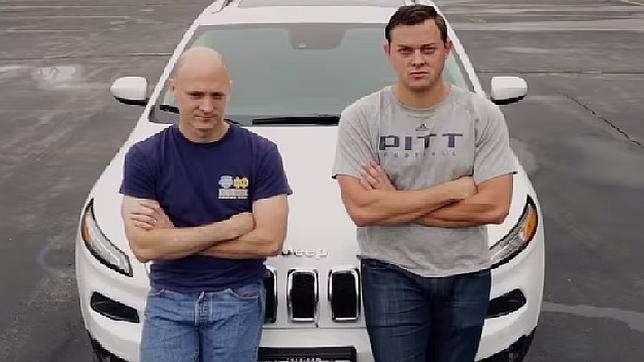 Dos «hackers» consiguen controlar a distancia vehículos inteligentes