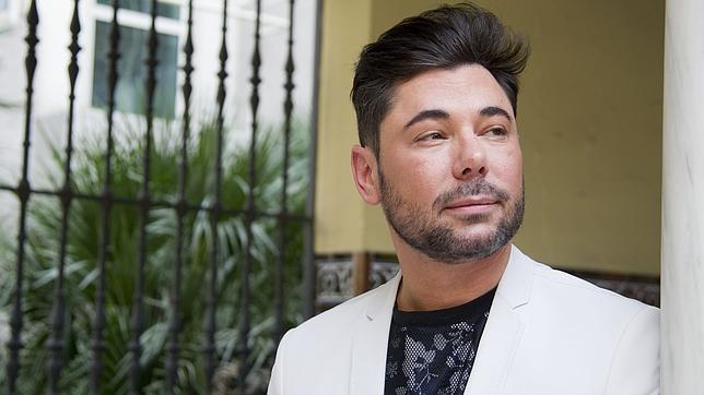 Miguel Poveda quiere hacer una versión de «Amor brujo» para hombre