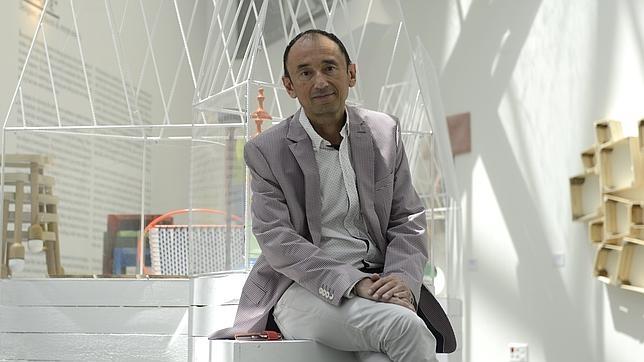 Jose Tino Martinez posa para ABC tras haber sido destituido como director del Centro Centro