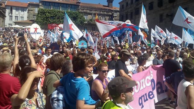 La manifestación nacionalista ha terminado en la plaza de A Quintana