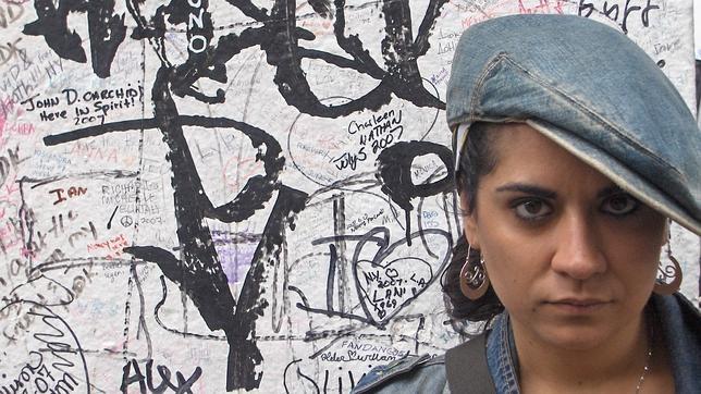 Alba Sabina Pérez: «Escribo la mitad del tiempo y vivo la otra mitad»