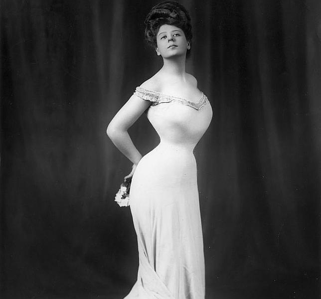 Cuatro características que hacían que una mujer de hace 100 años fuese «sexy»