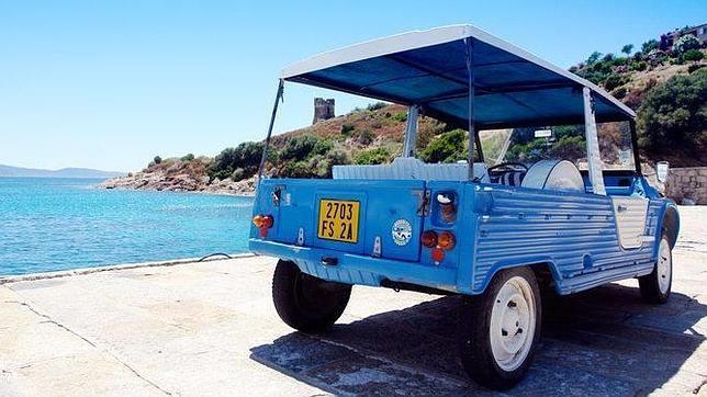 El Citroën Mehari fue en su día uno de los descapotables más económicos