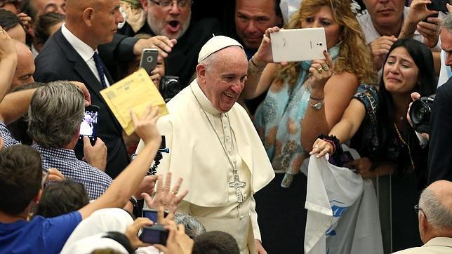 El Papa pide que no se trate a los divorciados como excomulgados