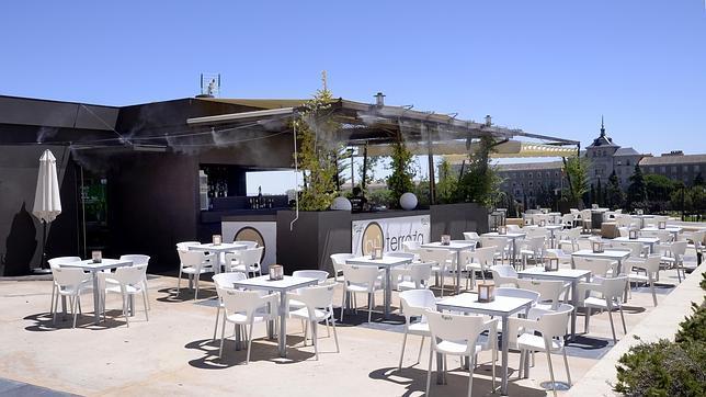 Diez restaurantes que no cierran en agosto en toledo for Que significa terraza