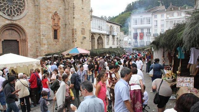 La XXIV edición del Mercado Medieval de Mondoñedo se celebrará hasta la noche del domingo 9