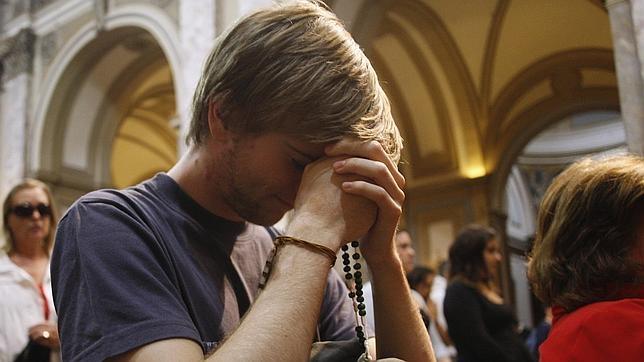 La pertenencia a una religión podría ofrecer ayuda a los profesionales médicos y psicólogos en el desarrollo de tratamientos de salud mental