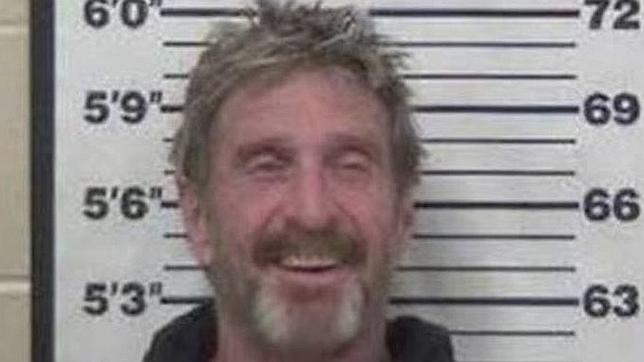 Captura de la ficha policial de John McAfee